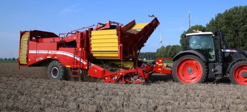 Двуредов прикачен картофокомбайн Grimme, модел SV 260