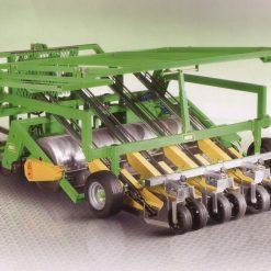 Разсадопосадачна машина HORTECH, модел TRE AUTO-MATIC, с поставяне на мулч – подходящи за разсаждане на всички видове зеленчуци